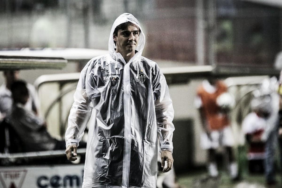 Thiago Larghi destaca coletividade do Atlético-MG em vitória na Copa do Brasil e elogia Samuel Xavier