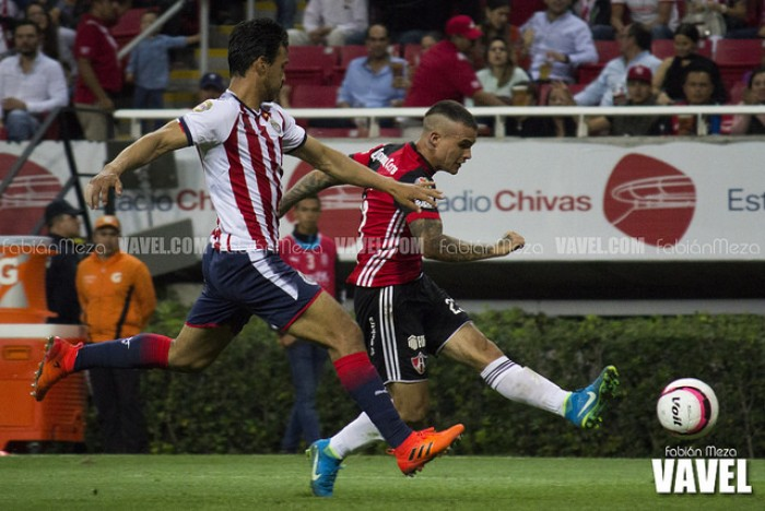 Fotos e imágenes del Chivas vs Atlas J16 Liga Bancomer MX