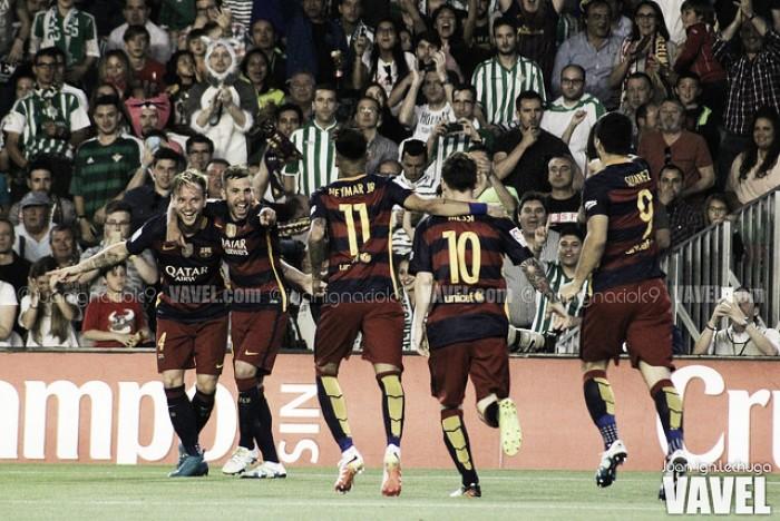 Messi desequilibra nas assistências, Barcelona vence Betis e recupera ponta do Espanhol