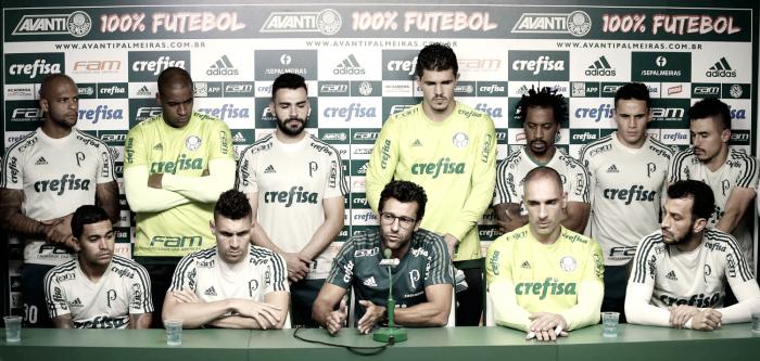 Em coletiva conjunta, elenco do Palmeiras se defende de críticas e ressalta união do grupo