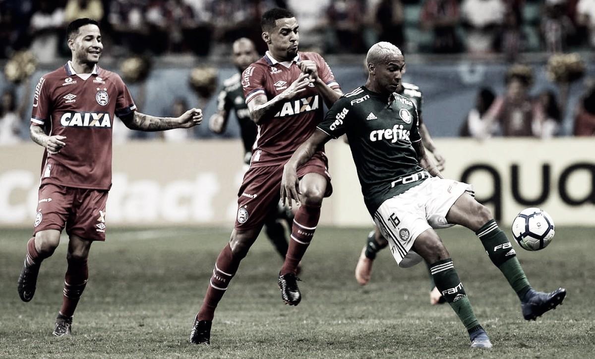"""Chateado com expulsão pelo Palmeiras, Deyverson pede desculpas: """"Não vi o jogador"""""""