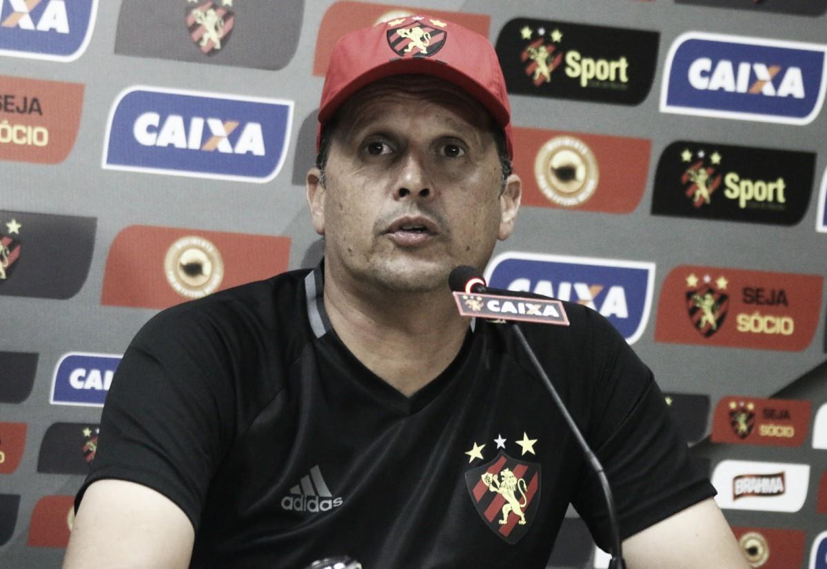 Claudinei Oliveira aponta gol sofrido no primeiro tempo como crucial para derrota do Sport