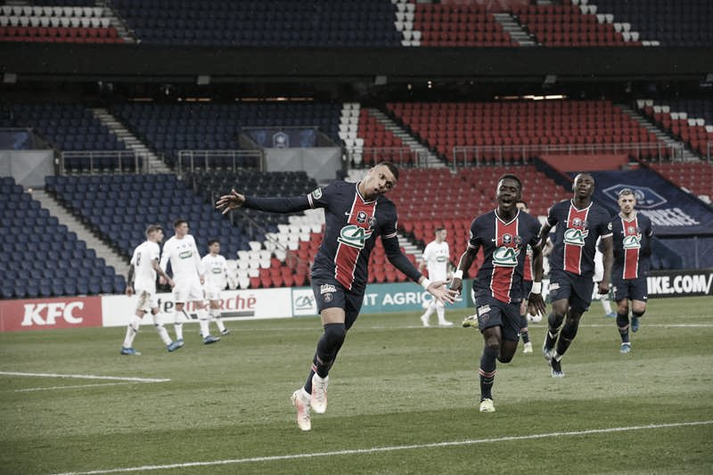 Mbappé marca duas vezes, PSG vence Lille com facilidade e avança às quartas da Copa da França