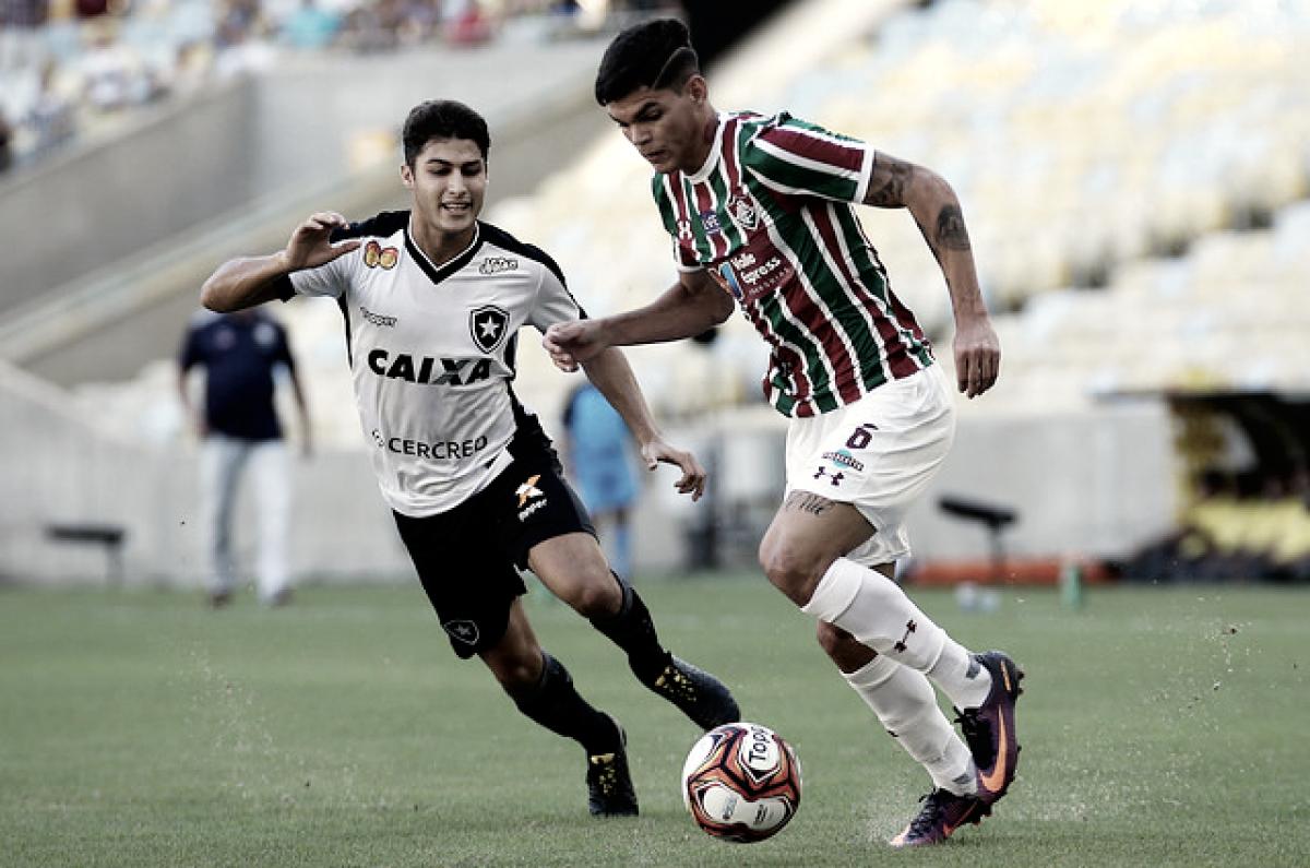 Após classificações no meio da semana, Botafogo e Fluminense voltam foco para Brasileirão