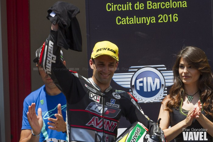 Johann Zarco prueba sobre una MotoGP