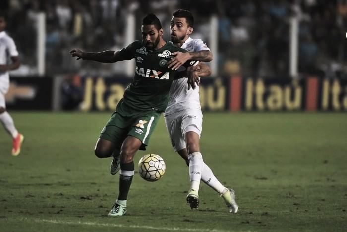 Em duelo contra Chapecoense, Santos visa manter boa fase no Brasileiro