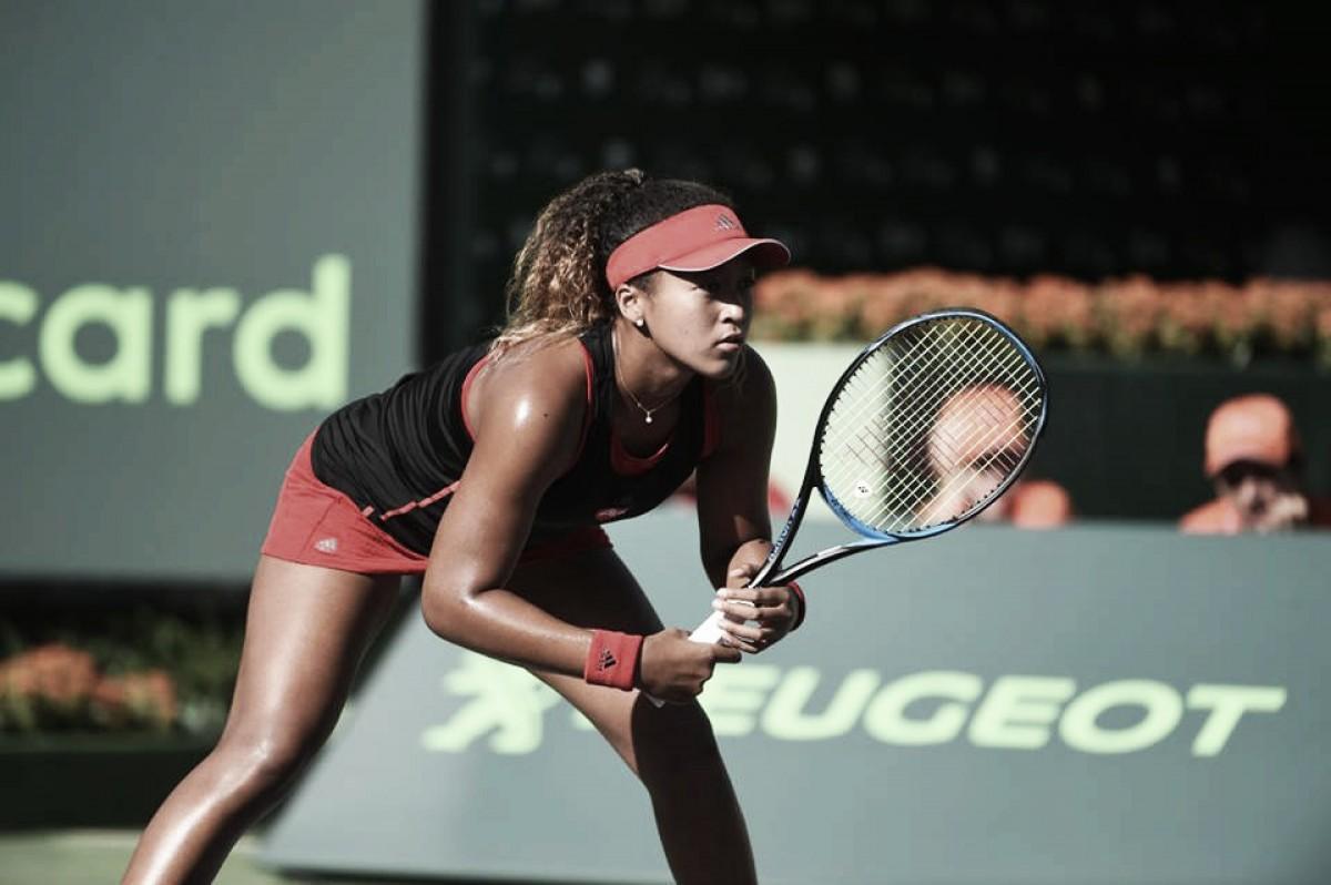 Embalada, Osaka surpreende Serena Williams e a elimina na estreia em Miami