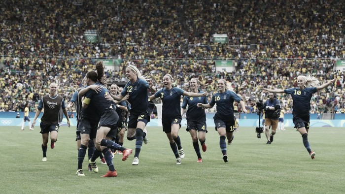 Sweden women reach soccer final on PKs