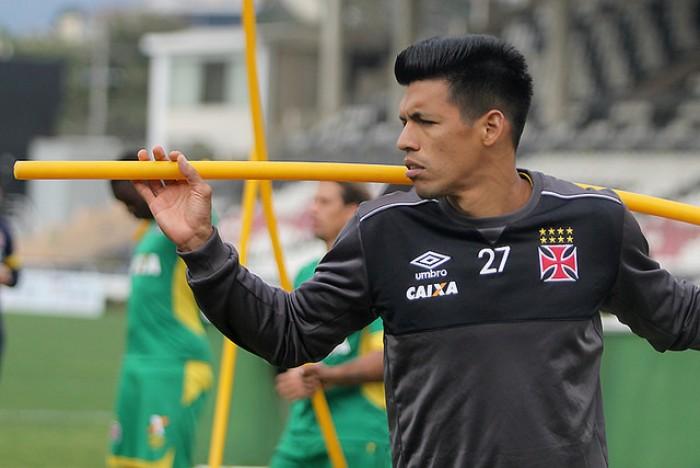 Julio dos Santos afirma que voltará ao Cerro Porteño para encerrar carreira
