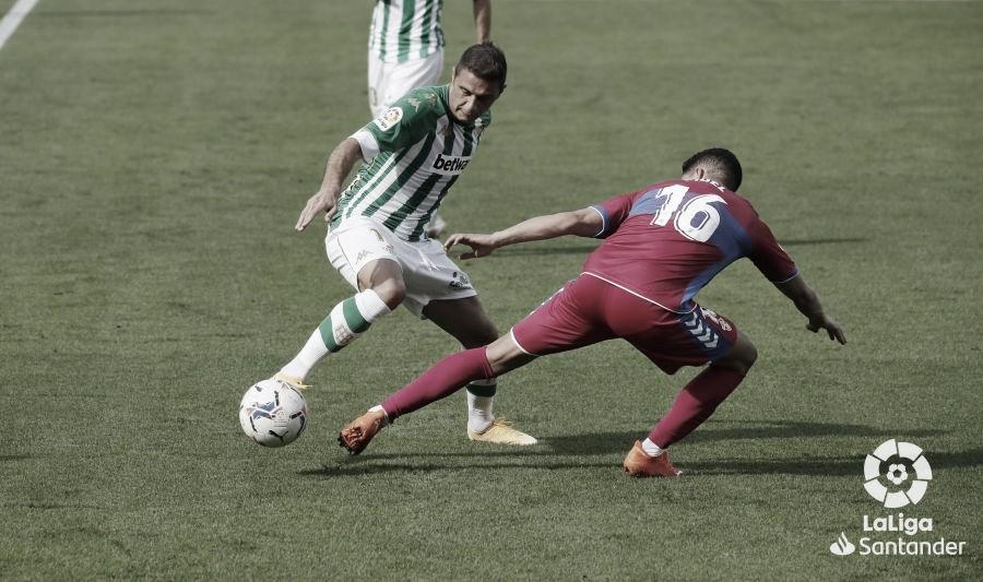 Previa Elche vs Real Betis: ganar para seguir en la lucha