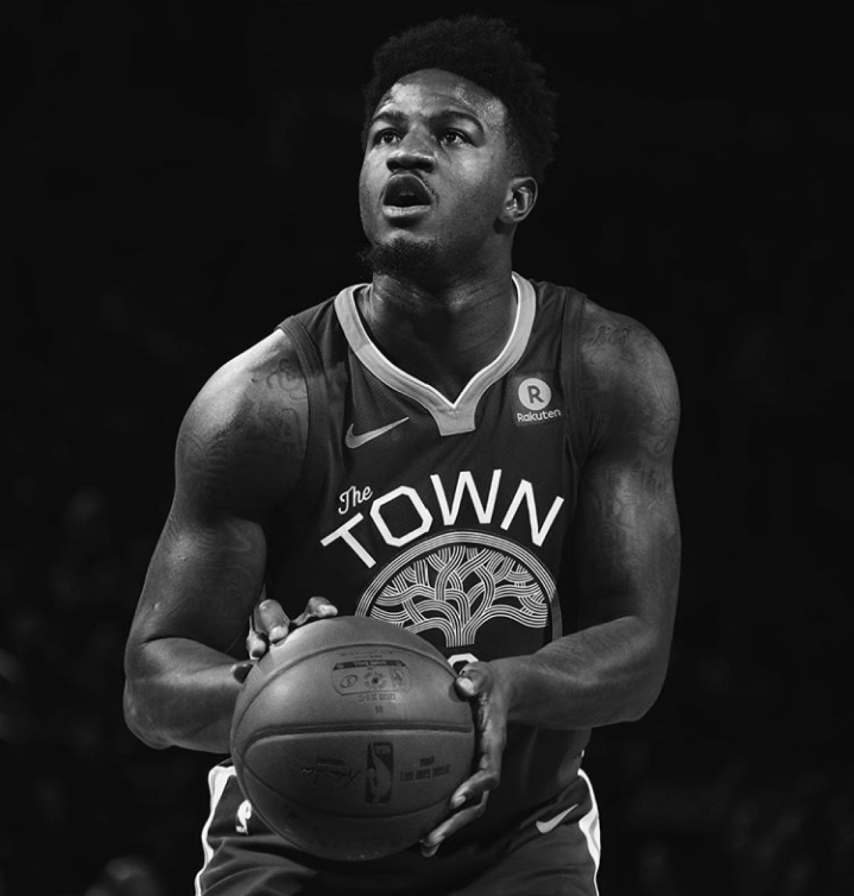 Los Warriors despachan en el tercer cuarto a Knicks