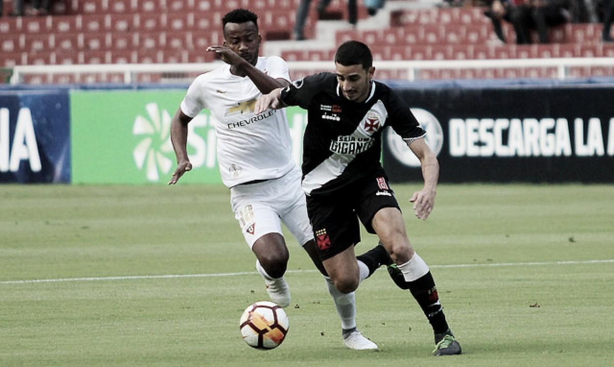 Pressionado, Vasco enfrenta LDU buscando às oitavas da Copa Sul-Americana