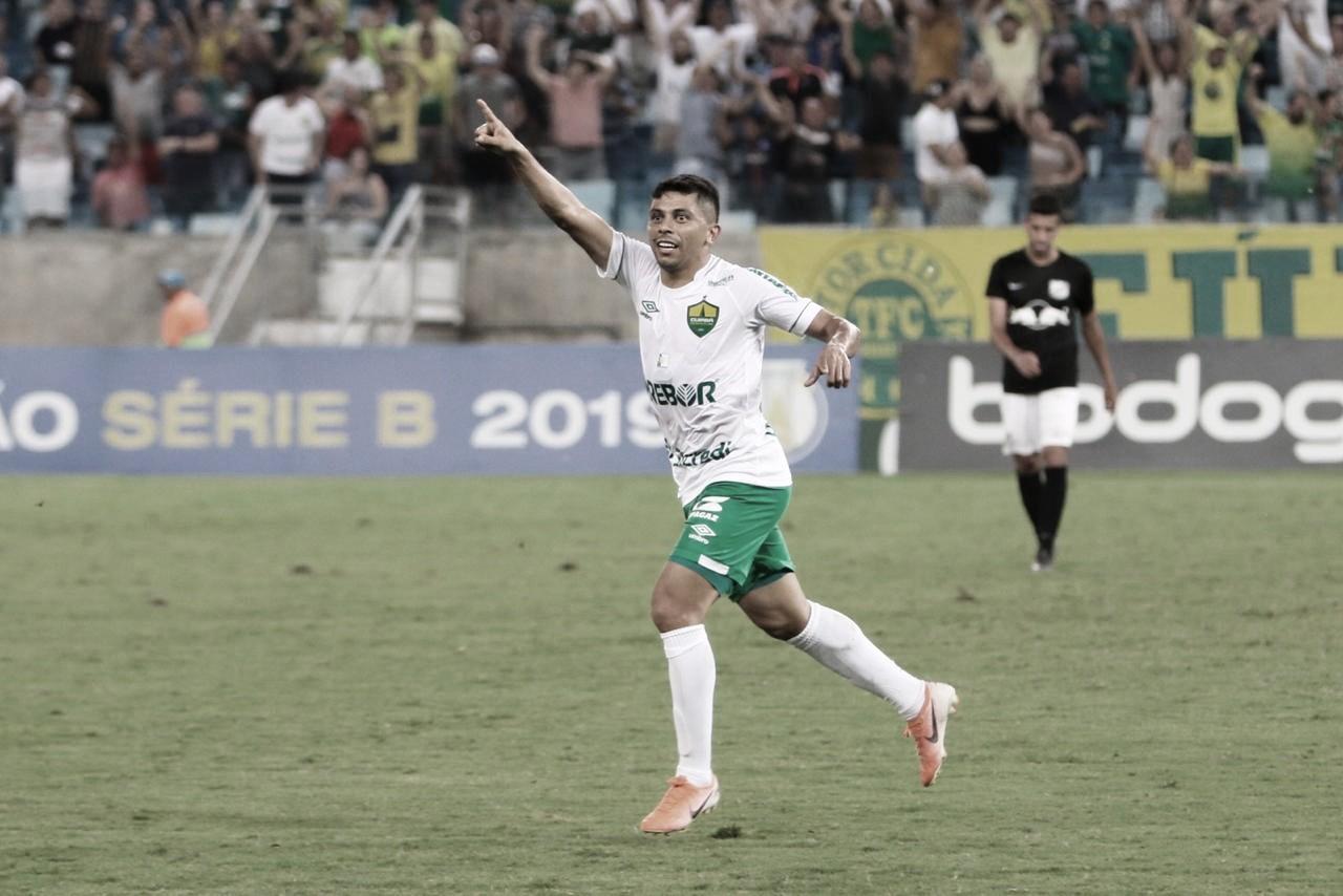 Em alta, Felipe Marques comemora boa fase no Cuiabá e prevê final difícil na Copa Verde