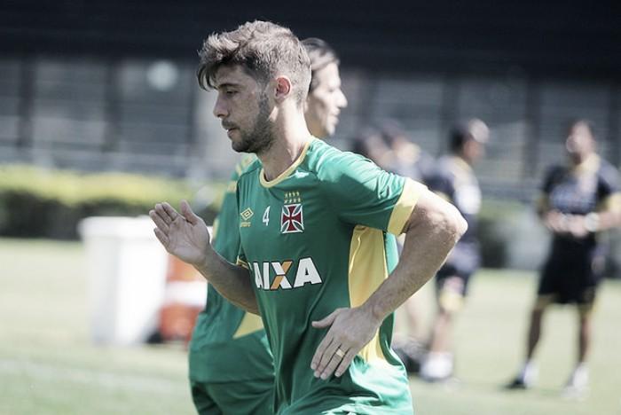 Feliz, Fellype Gabriel estreia e elogia gerente científico do Vasco: 'Os resultados falam por si só'