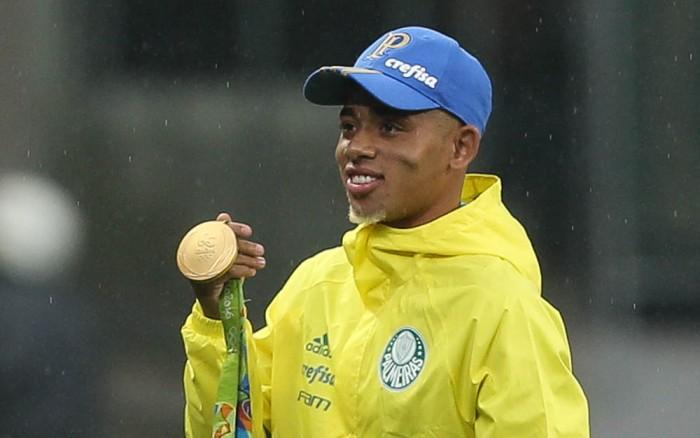 Gabriel Jesus é convocado para a seleção brasileira principal pela primeira vez na carreira