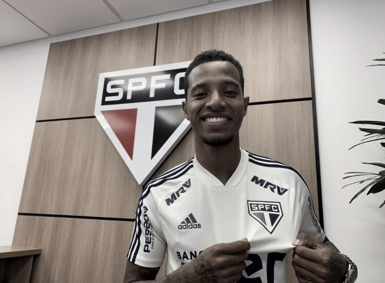 São Paulo anuncia contratação de Tchê Tchê