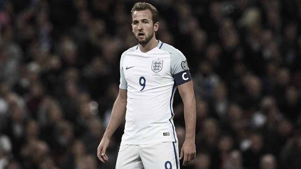 Kane enxerga evolução na Inglaterra e mira ultrapassar Rooney na artilharia da seleção