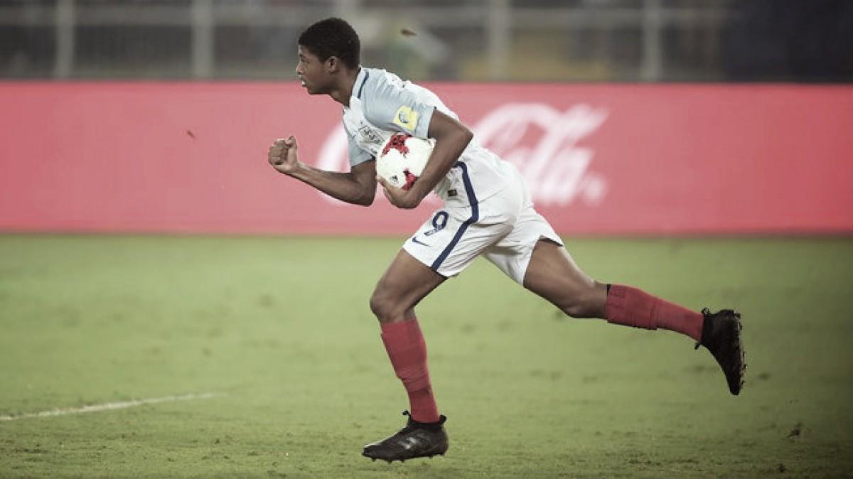 No habrá sanción de la FIFA por racismo tras la denunciade Brewster