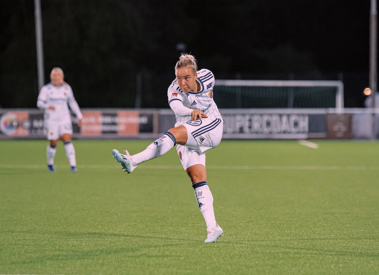 'No one's going to expect that we'll win this year. I think that will be good for us' - Fanny Lång talks league ambitions