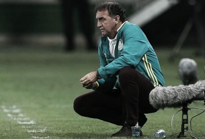 Cuca celebra gols de cabeça na vitória do Palmeiras contra São Paulo