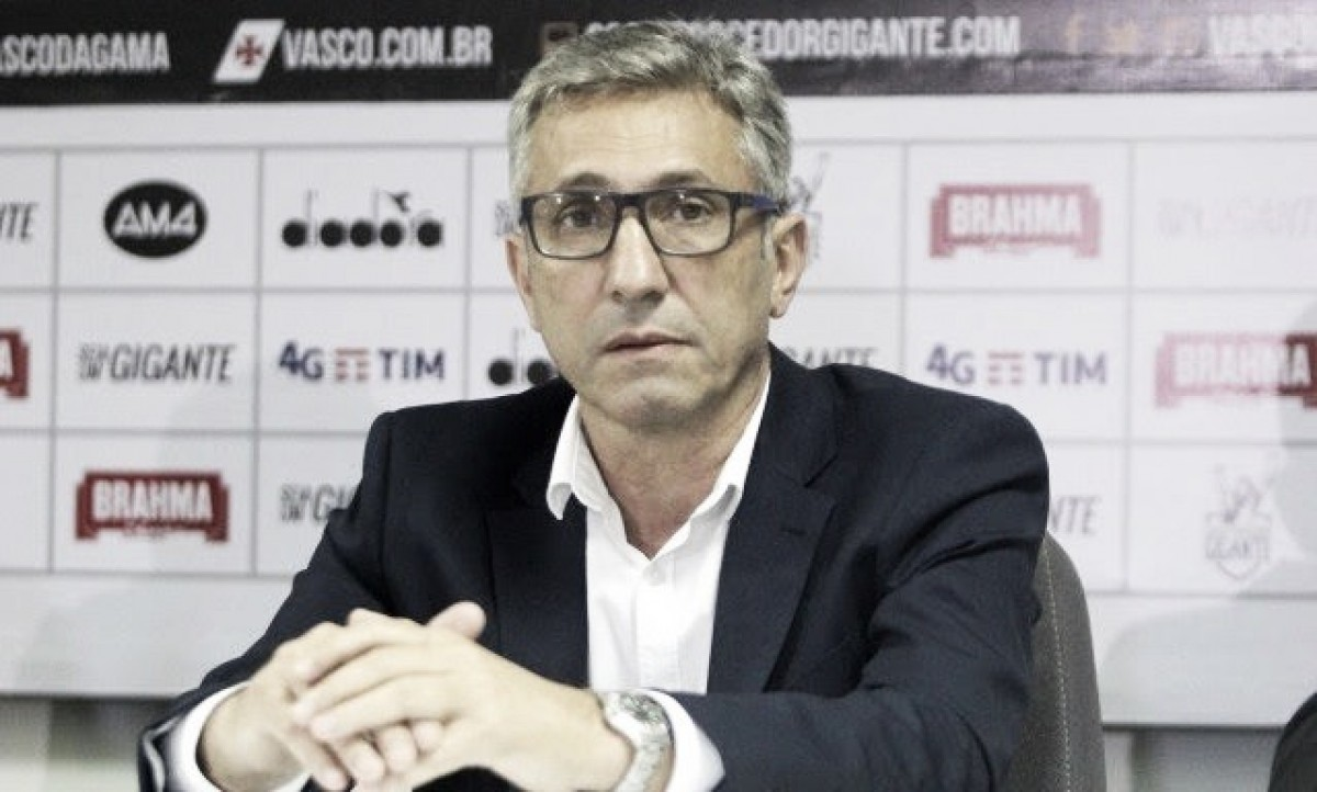 Alexandre Campello justifica viagem à Rússia e fala sobre questão política do Vasco