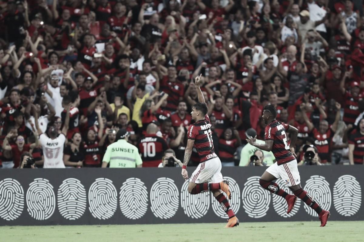 Com recorde de público no Maracanã, Flamengo vence Inter e se isola na liderança do Brasileiro