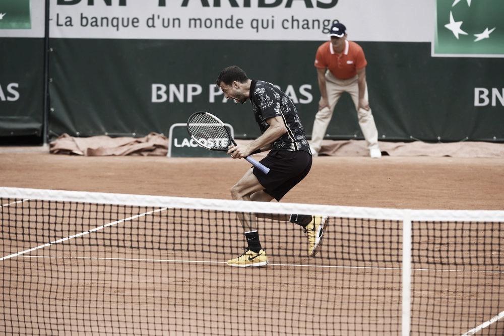 Dimitrov vence batalha de mais de quatro horas contra Cilic e vai à terceira rodada em Roland Garros