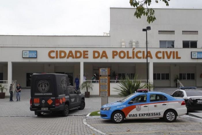Polícia prende membros de torcidas do Rio; dirigentes são investigados