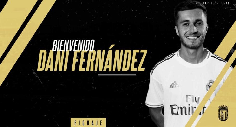Dani Fernández perfila el lateral derecho del CD Badajoz