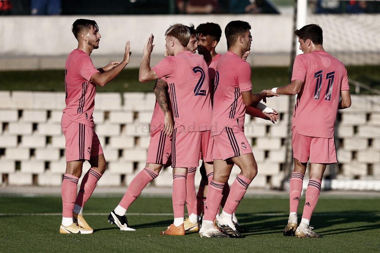 Instantánea de los jugadores del Real Madrid Castilla celebrando uno de los goles ante el CF Rayo Majadahonda | Fuente: www.realmadrid.com
