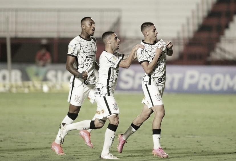 Após 24 jogos, Gabriel Pereira marca primeiro gol como profissional do Corinthians
