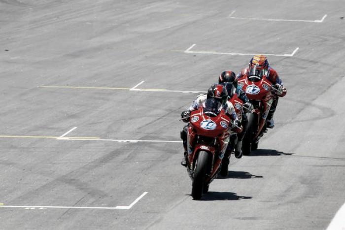Team Estrella Galicia 0,0 domina Copa Honda CBR 500R em Interlagos