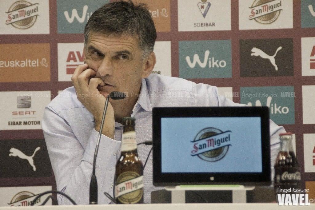 Instantánea de José Luis Mendilibar durante una comparecencia ante los medios | Fuente: Ángel Ezkurra, VAVEL España