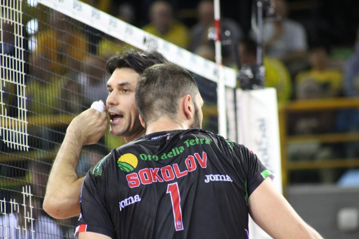 Volley M - La Lube è la prima finalista scudetto. Servirà gara 5 per conoscere l'avversaria, una tra Perugia e Diatec Trentino