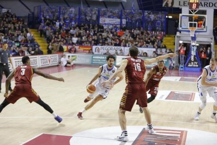 PosteMobile Final Eight 2017 - Brescia sorprende Venezia e va in Semifinale (76-68)