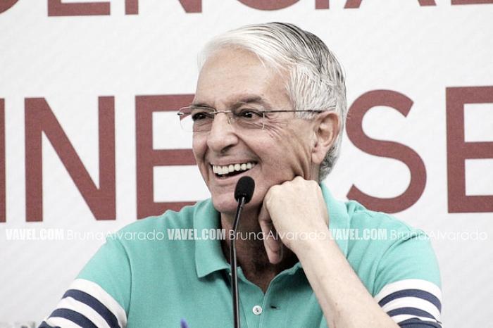 Celso Barros promete time forte e admite conversas adiantadas com Thiago Neves e Maicon