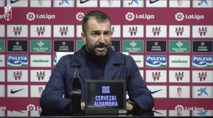 """Diego Martínez: """"El punto lo hemos sumado gracias al corazón del equipo"""""""