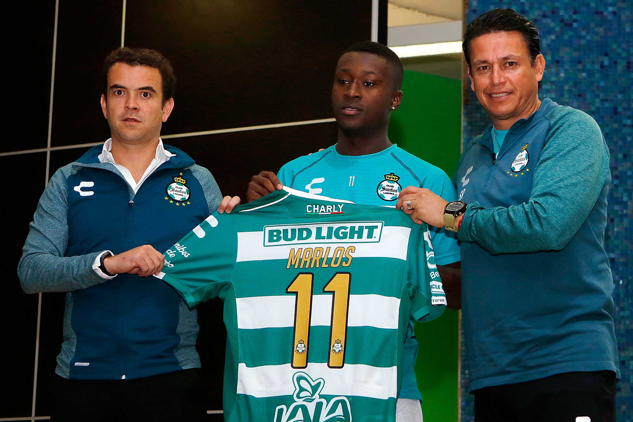 Santos presentó a Marlos Moreno