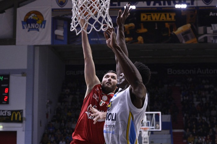 Lega Basket Serie A - Milano soffre più del previsto ma passa anche a Cremona (72-76)