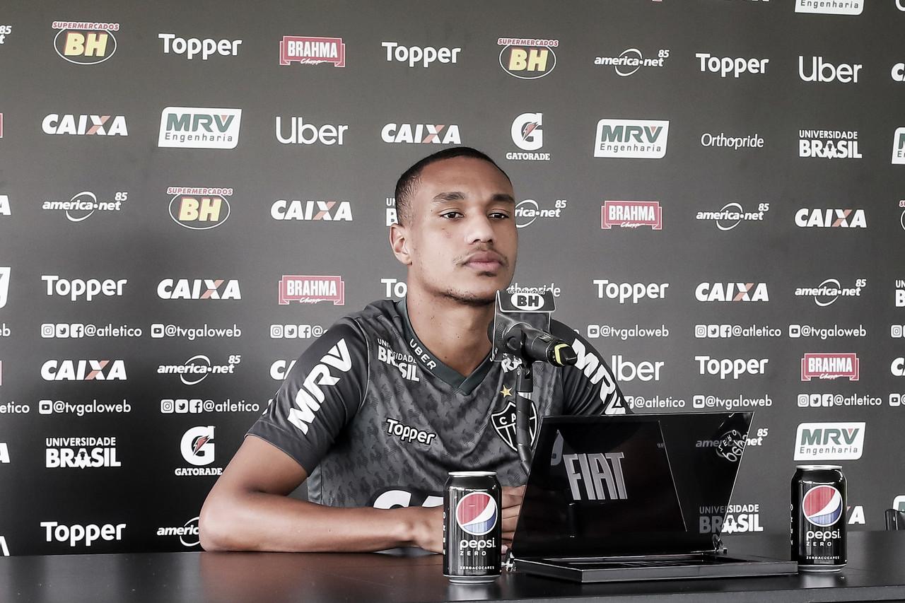 """Com chances de entrar, Leandrinho confia no bom desempenho do Atlético-MG: """"Temos que vencer"""""""
