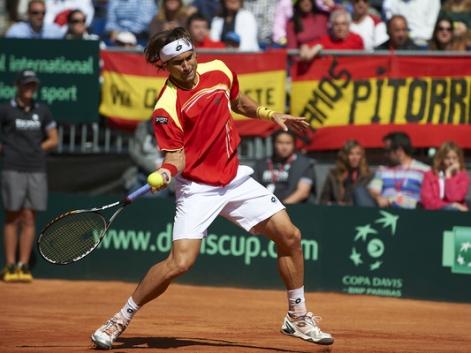 Ferrer vence a Melzer y clasifica a España para semifinales