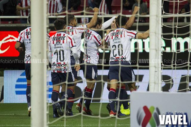 Chivas arranca con triunfo en casa