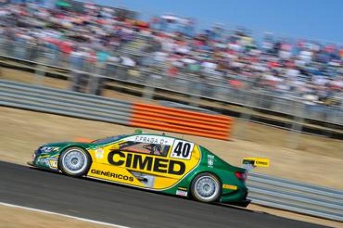 Felipe Fraga e Átila Abreu vencem na estreia da Stock Car no Velo Città