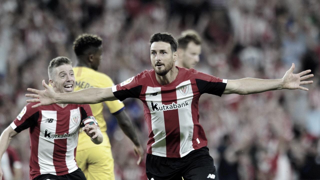 Aduriz marca golaço, e Athletic Bilbao derrota Barcelona na estreia da La Liga