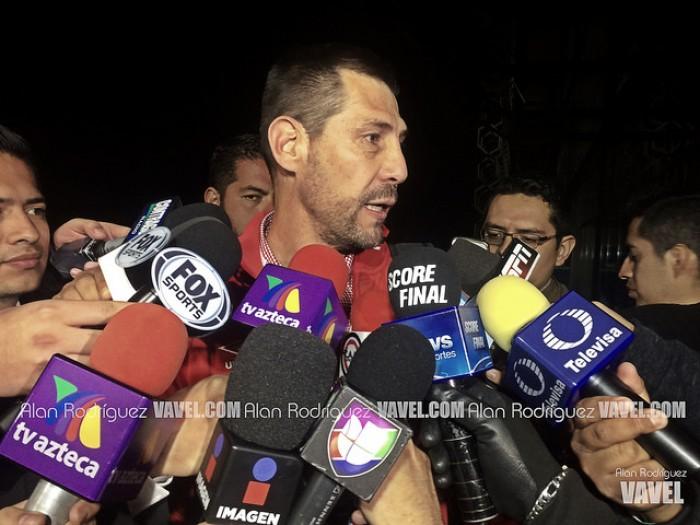 Carlos López, decepcionado por su salida de Necaxa