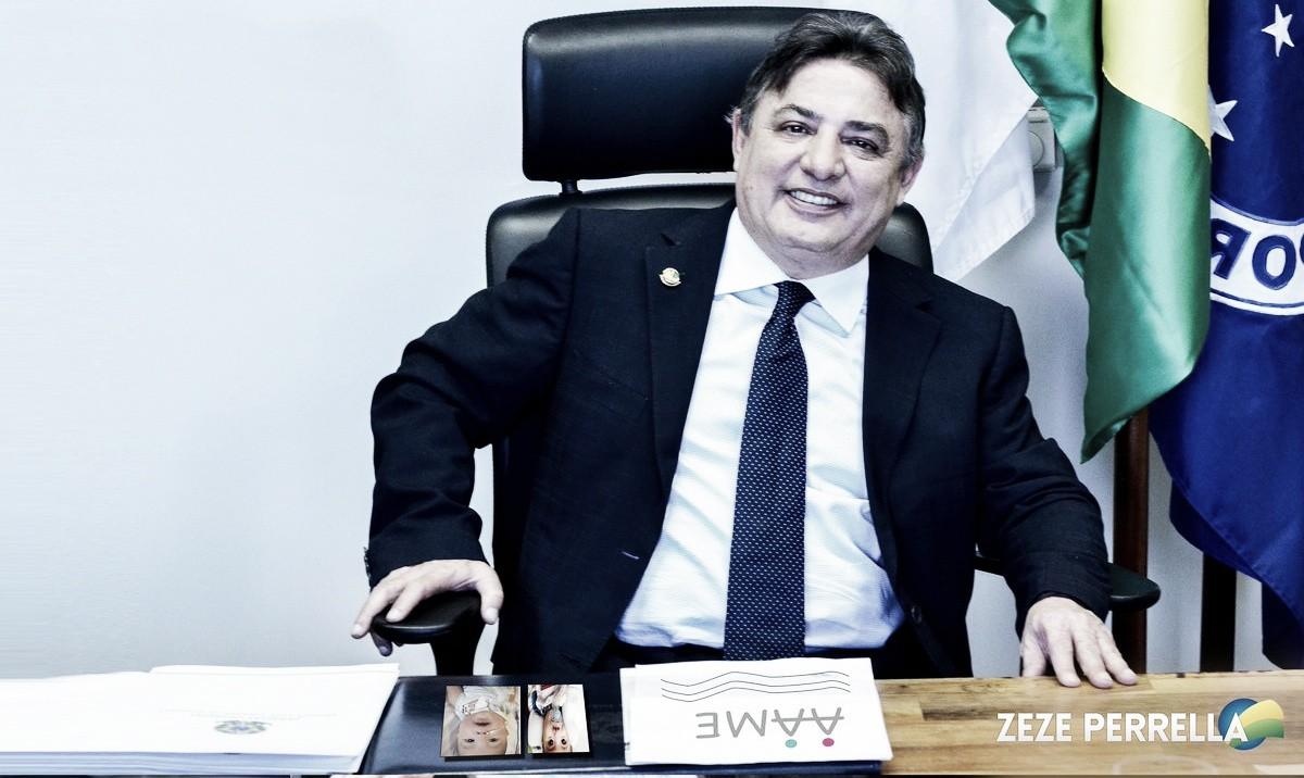 Atual presidente do Conselho, Perrela afirma que dívida do Cruzeiro é de mais de 400 milhões