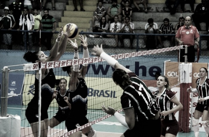 Praia Clube vence Fluminense pela Superliga Feminina
