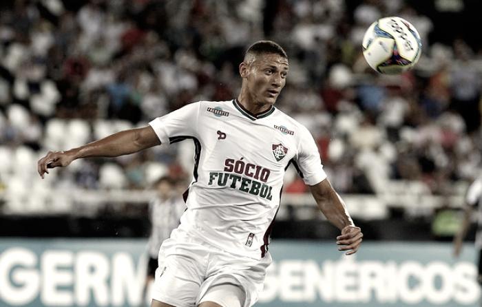 Com grande atuação diante do Botafogo, Richarlison encanta treinador de clube francês