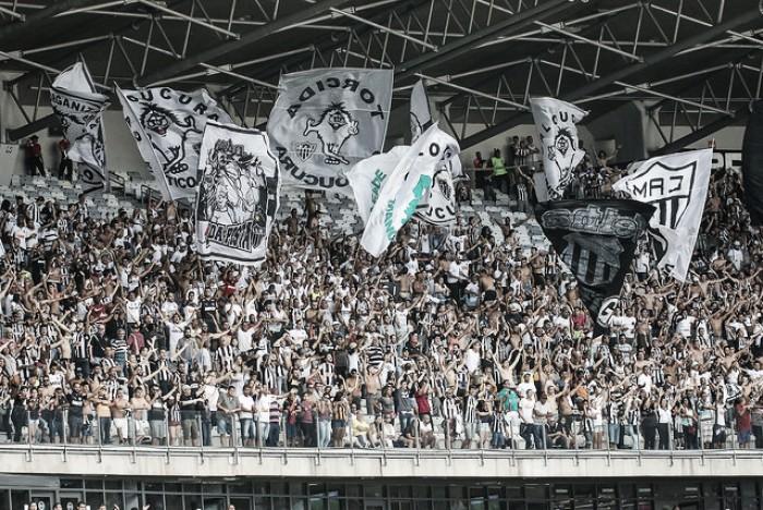 A pedido dos jogadores, Atlético-MG enfrenta Corinthians e Flamengo no Mineirão