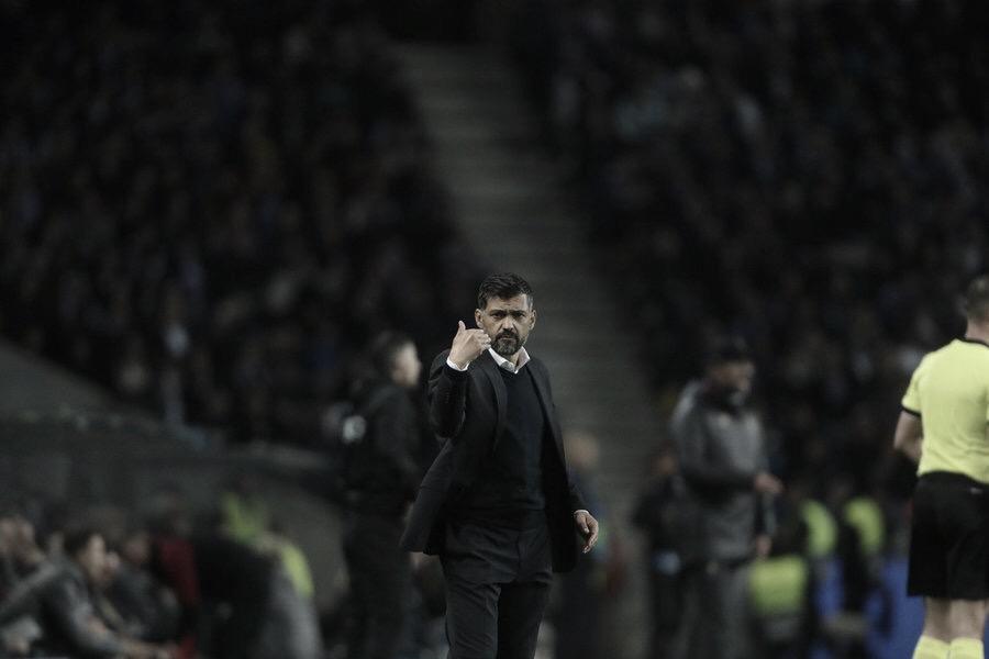 """Mesmo com derrota, Sérgio Conceição elogia torcida do Porto: """"Fez-me arrepiar"""""""